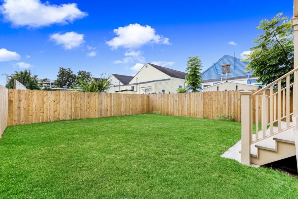 4510 Fenced Back Yard
