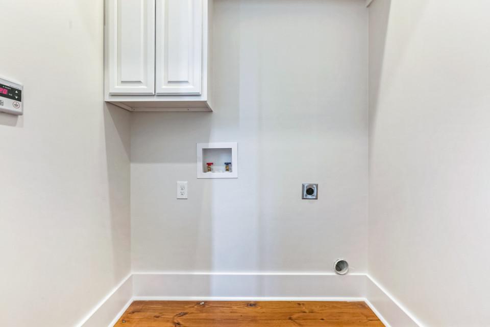 4510 Laundry room