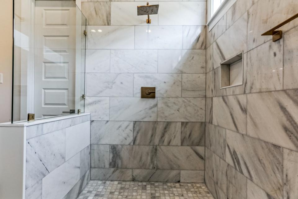 4510 Main Bath #2